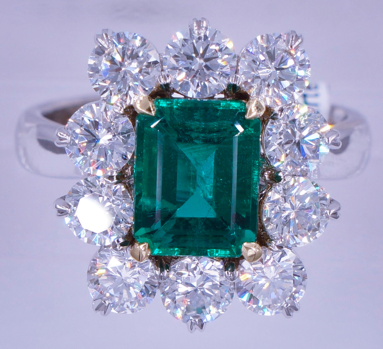 2.06_Carat_Untreated_Emerald