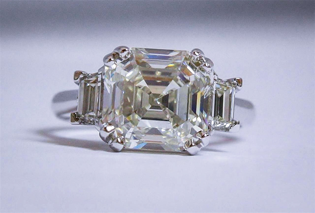 Sell_Custom_Diamond_Rings